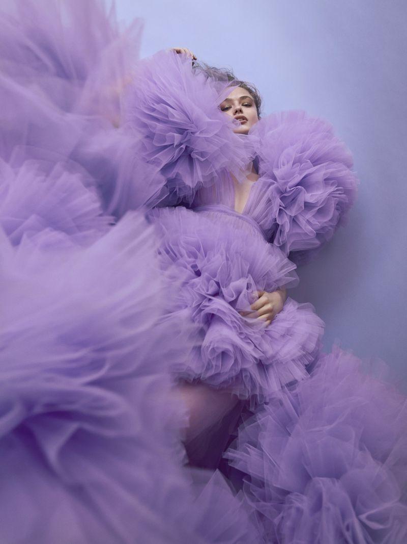 Anna Mila Guyenz for Vogue Taiwan August 2019 (5).jpg