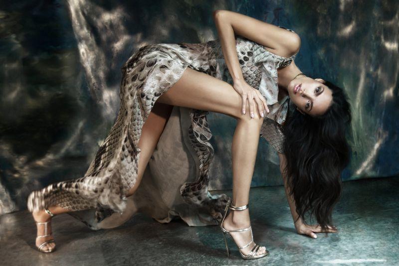 Sofia Resing by Irina Lis Costanzo for L'Officiel Kazakhstan  (5).jpg