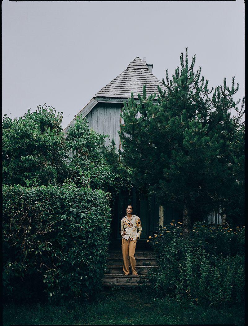 Luna-Bijl by Sonia Szostak for Vogue Poland Sept 2019 (13).jpg