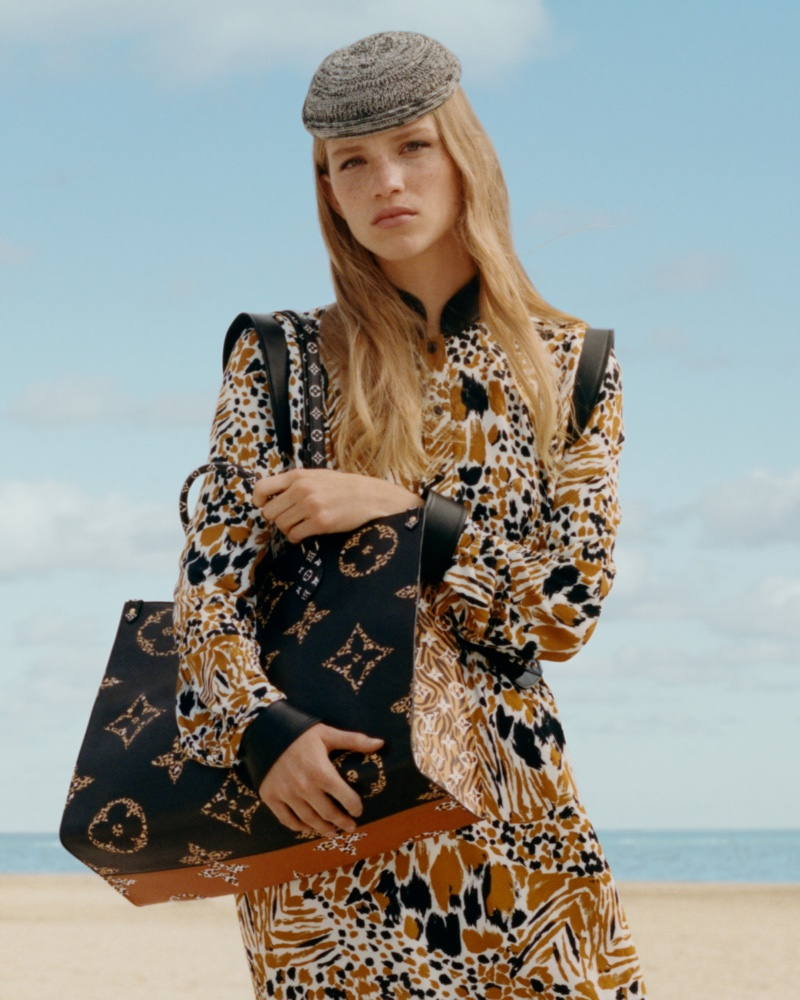 Louis Vuitton 'Onthego' tote bag from 'Monogram Jungle' collection