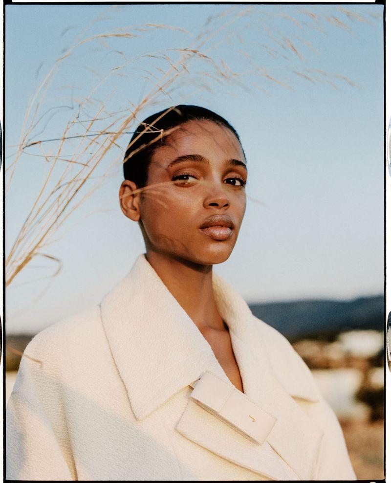 Aya Jones by Dan Beleiu for Vogue Spain Sept 2019 (4).jpg