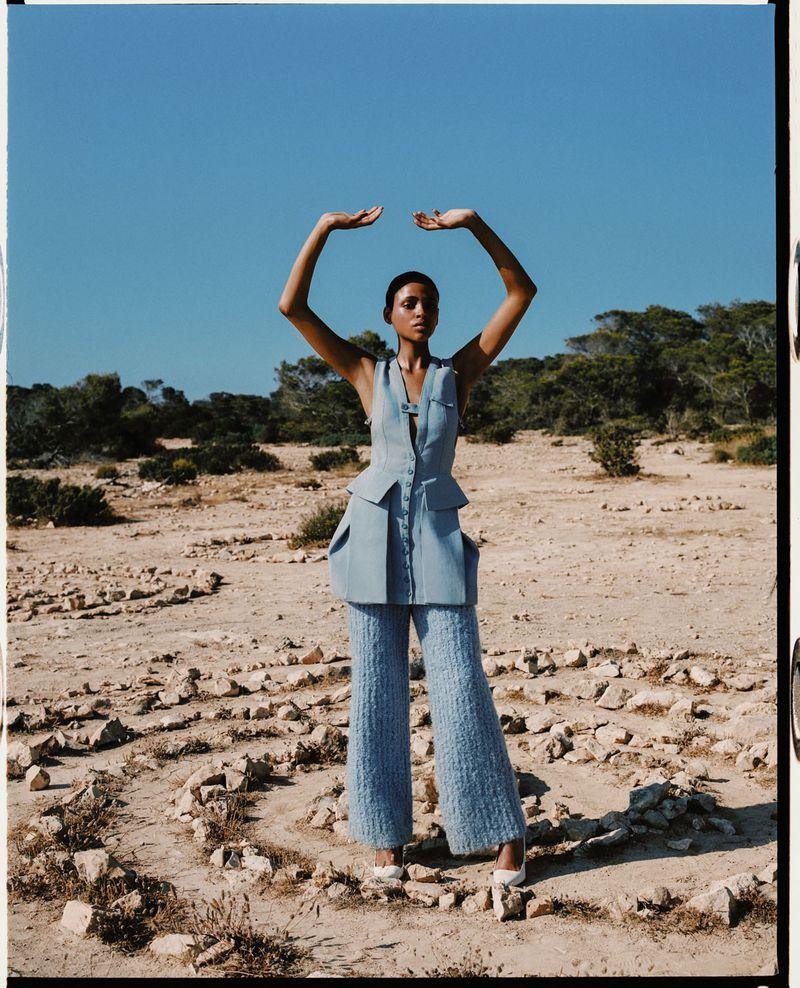 Aya Jones by Dan Beleiu for Vogue Spain Sept 2019 (8).jpg
