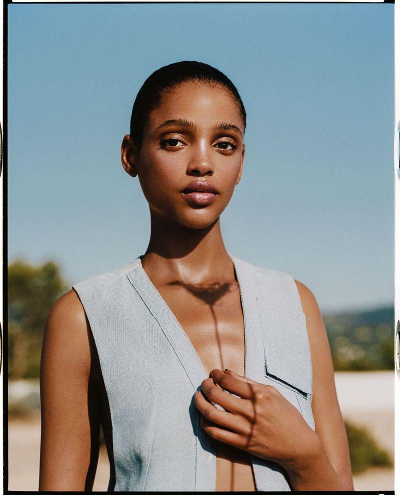 Aya Jones by Dan Beleiu for Vogue Spain Sept 2019 (10).jpg