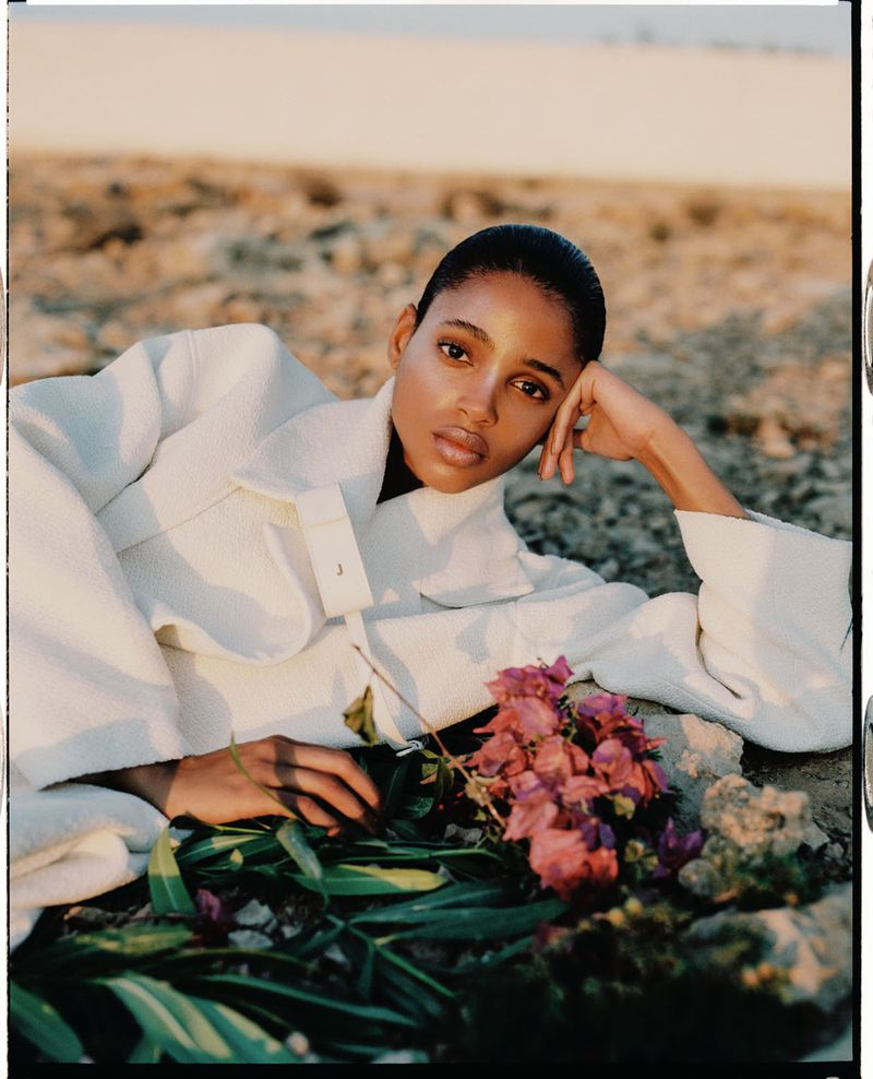 Aya Jones by Dan Beleiu for Vogue Spain Sept 2019 (6).jpg