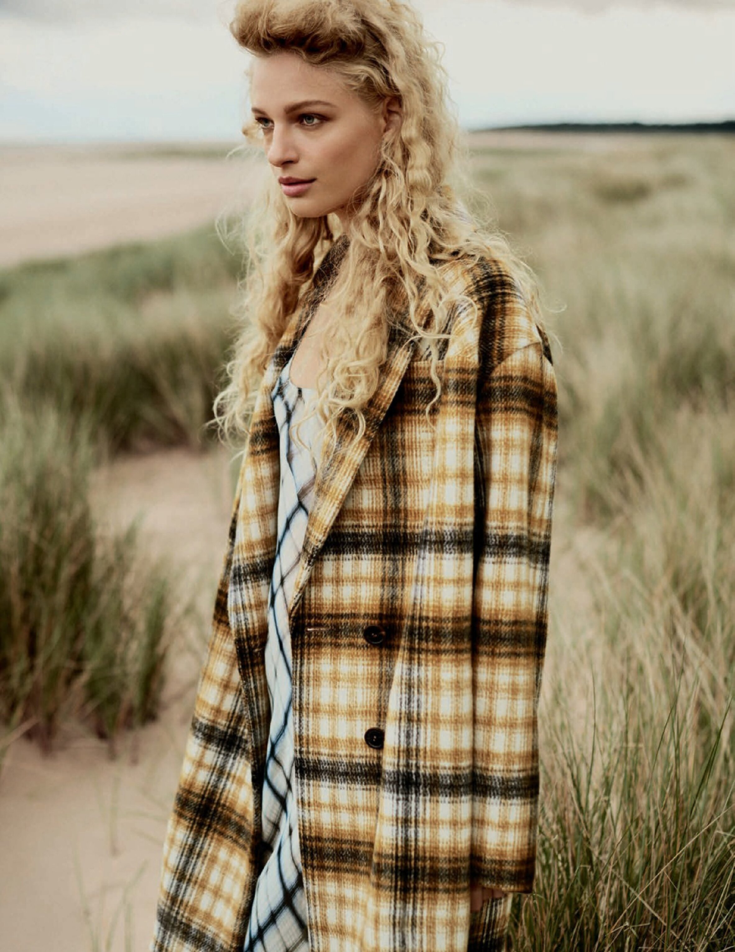 Frederike Sofie by Boo George for Vogue Spain Sept 2019 (7).jpg