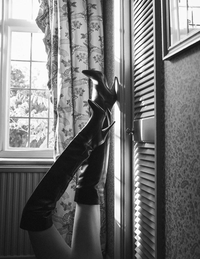 Emma Summerton for Vogue Spain Sept 2019 (2).jpg