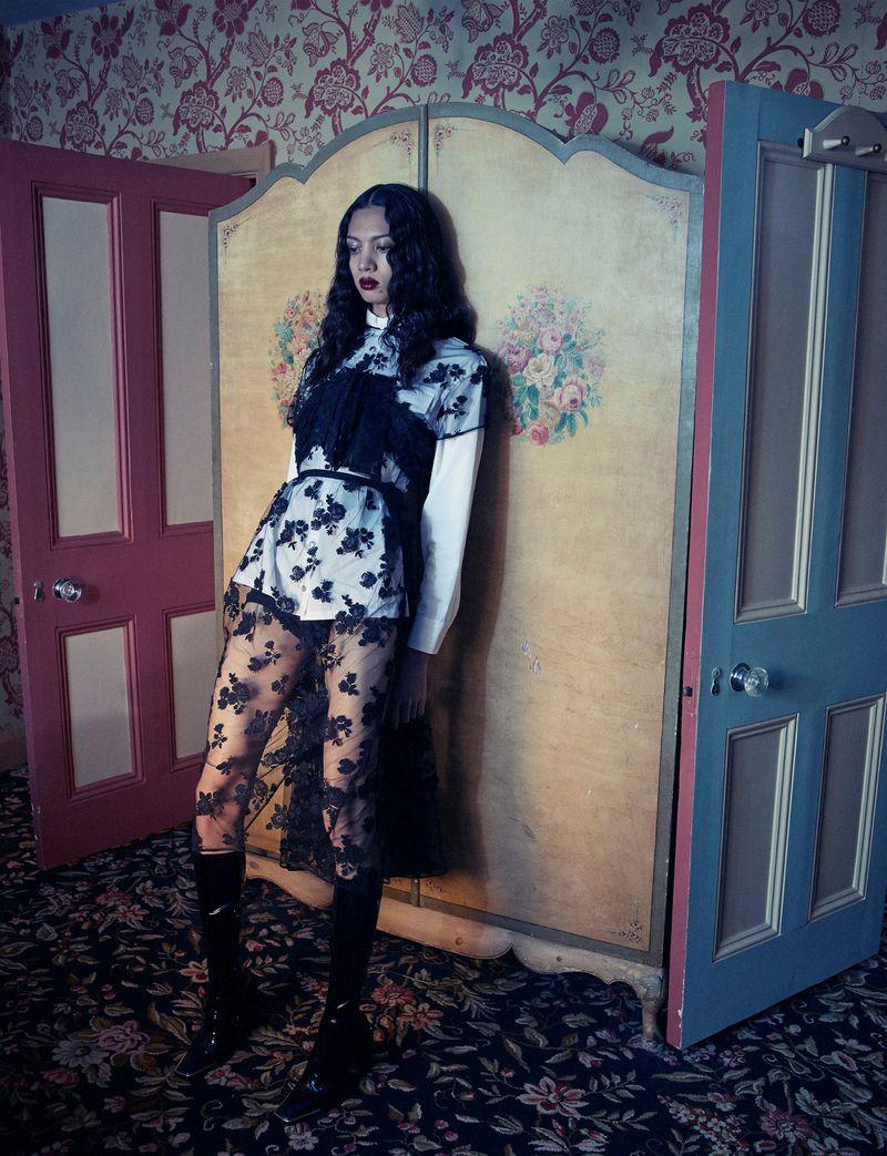 Emma Summerton for Vogue Spain Sept 2019 (6).jpg