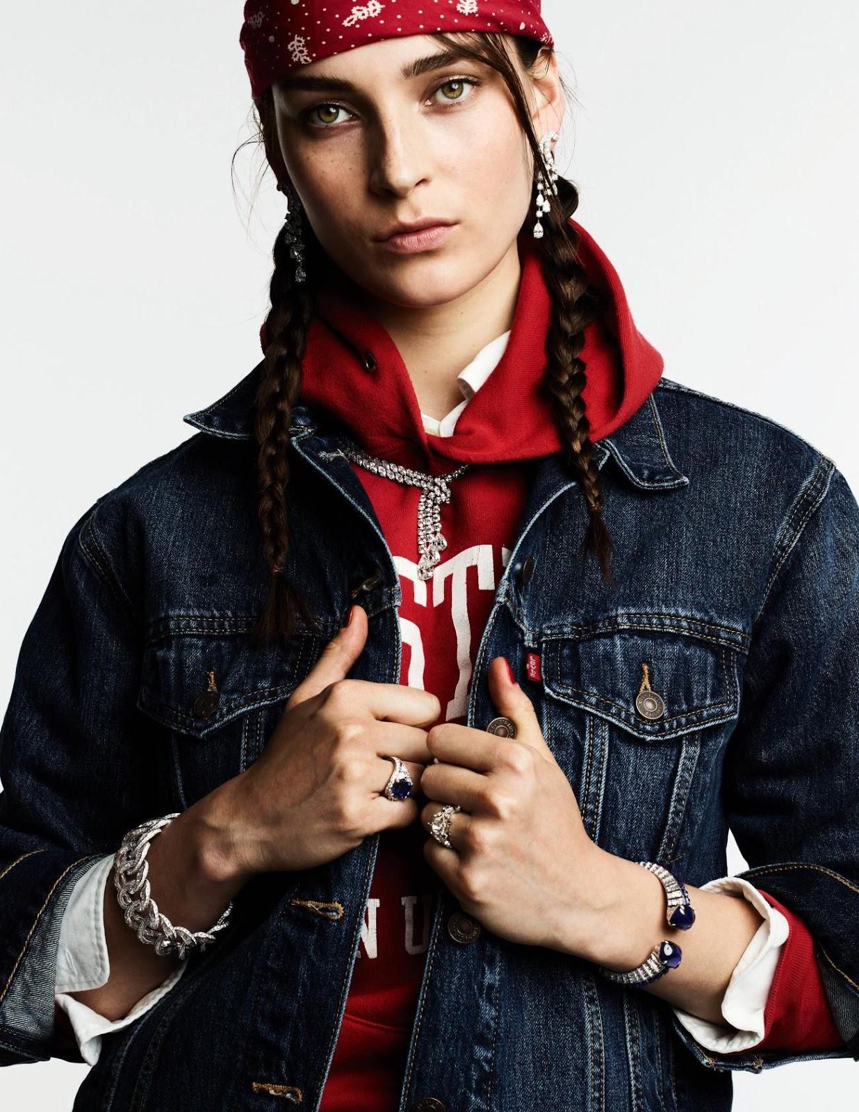 Julia Bergshoeff by Ben Hassett for Vogue Paris Sept 2019 (1).jpg