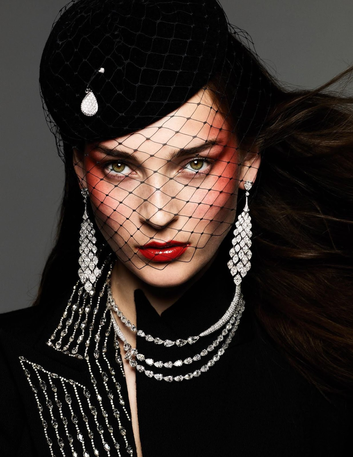 Julia Bergshoeff by Ben Hassett for Vogue Paris Sept 2019 (5).jpg