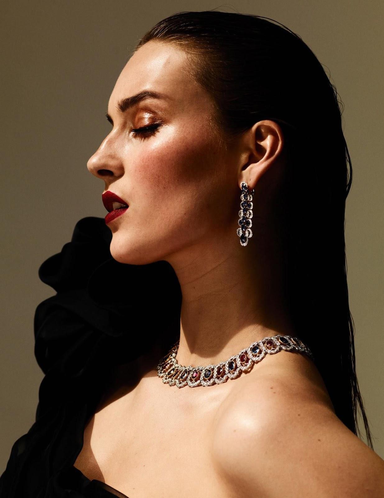 Julia Bergshoeff by Ben Hassett for Vogue Paris Sept 2019 (7).jpg