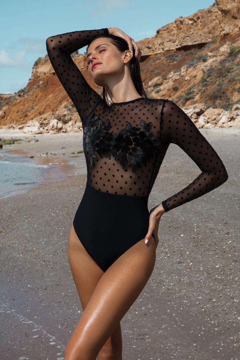 Isabeli-Fontana-Gottex-Swim-2020-Campaign03.jpg