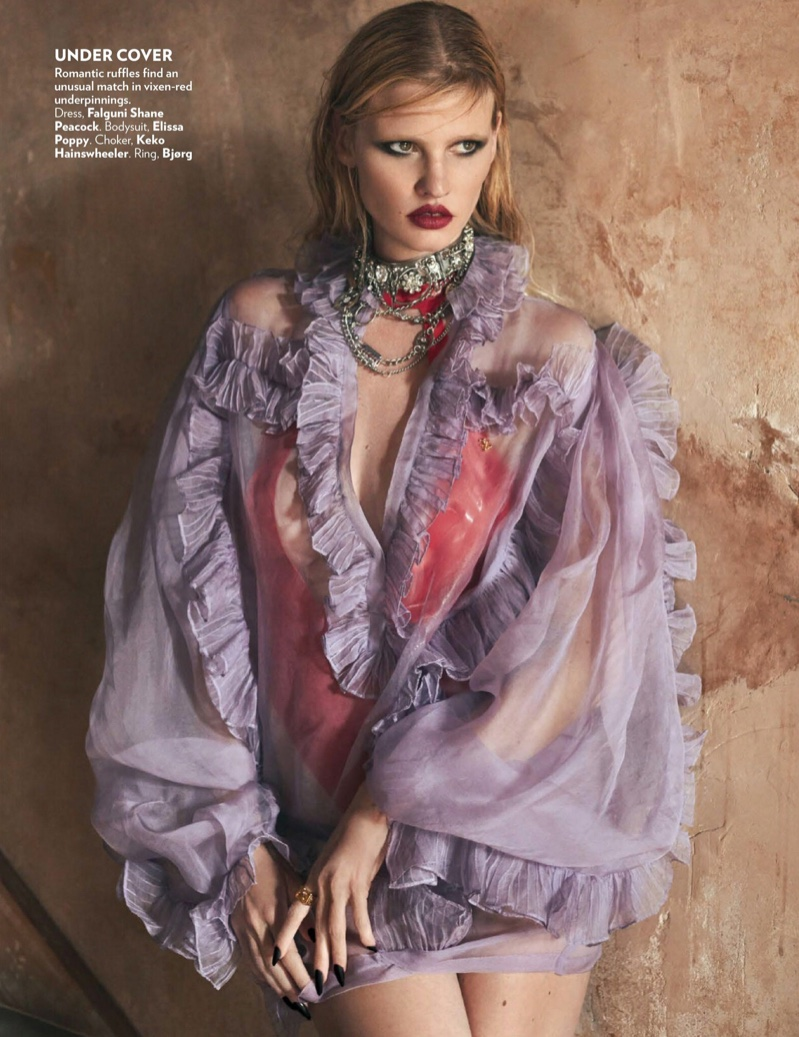 Lara-Stone-Greg-Swales-Vogue-India (12).jpg