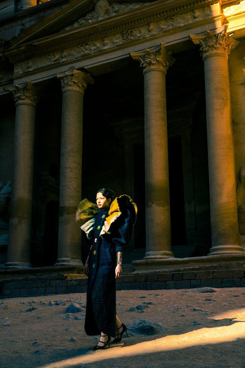Leyla Greiss by Elizaveta Porodina for Vogue Arabia Sept 2019 (5).jpg