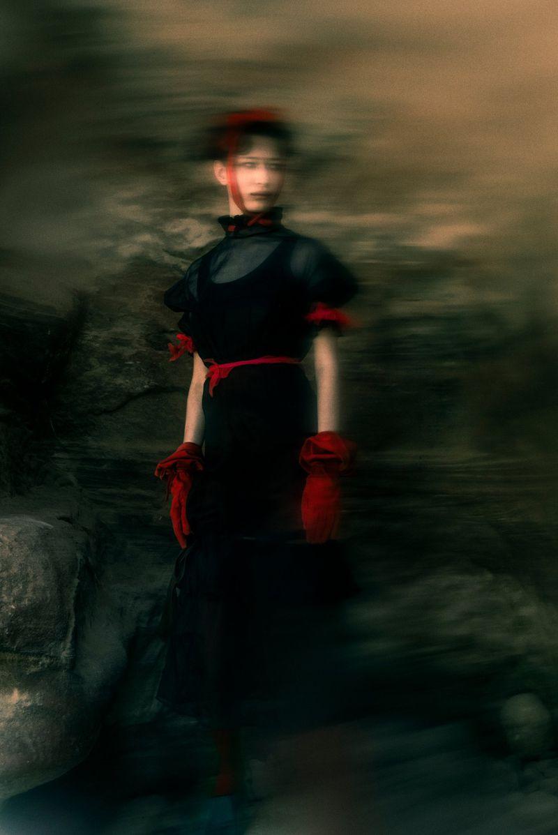Leyla Greiss by Elizaveta Porodina for Vogue Arabia Sept 2019 (7).jpg