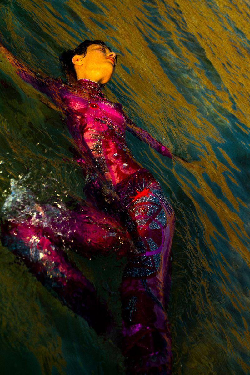 Leyla Greiss by Elizaveta Porodina for Vogue Arabia Sept 2019 (14).jpg