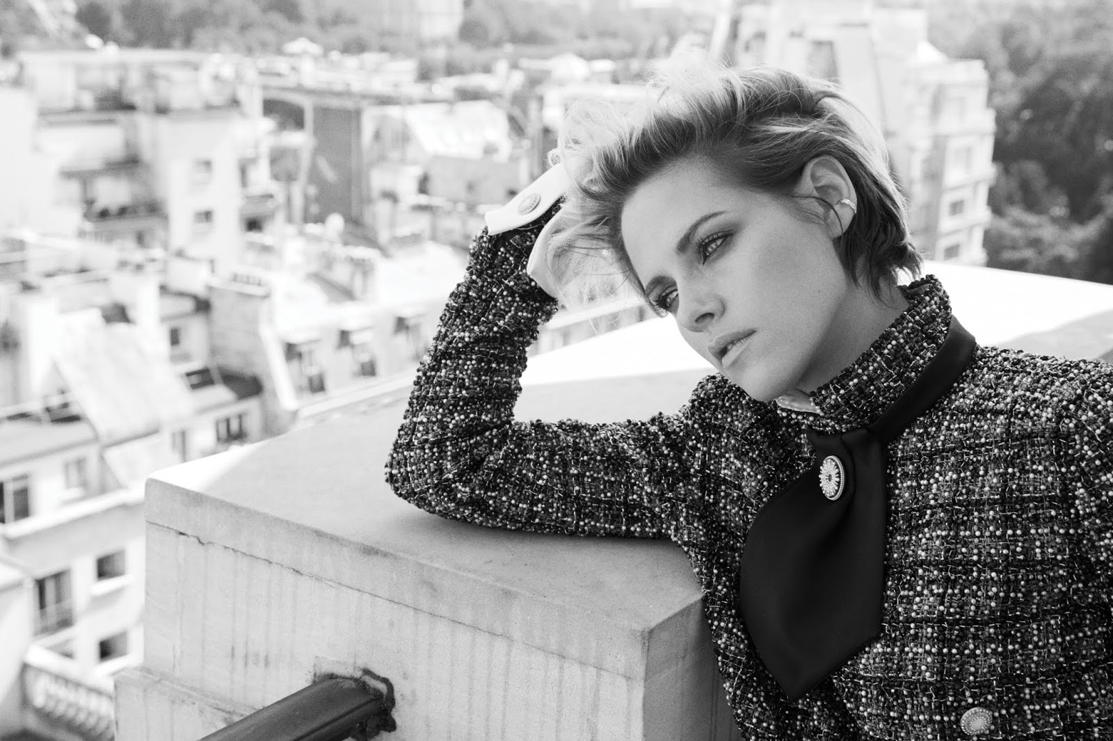 Kristen Stewart by Alexi Lubomirski for Harpers Bazaar UK October 2019  (11).jpg