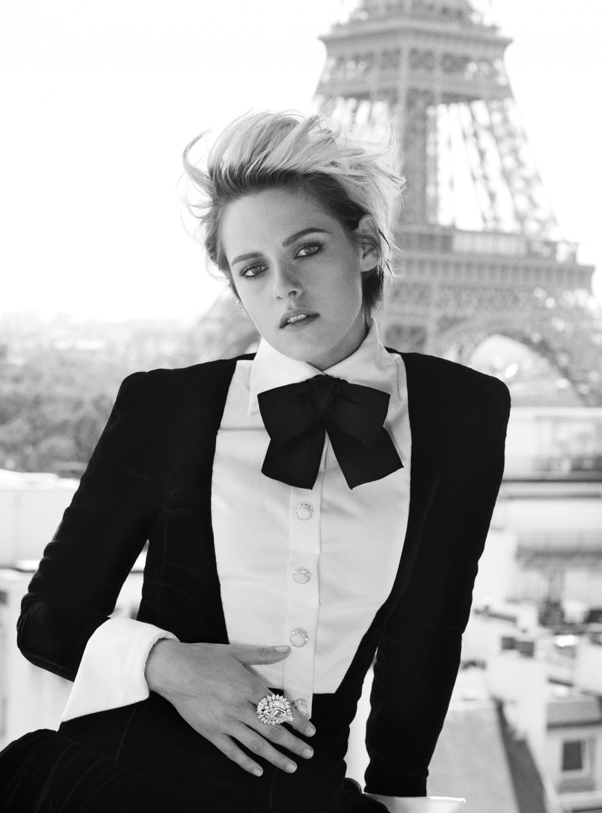 Kristen Stewart by Alexi Lubomirski for Harpers Bazaar UK October 2019  (14).jpg