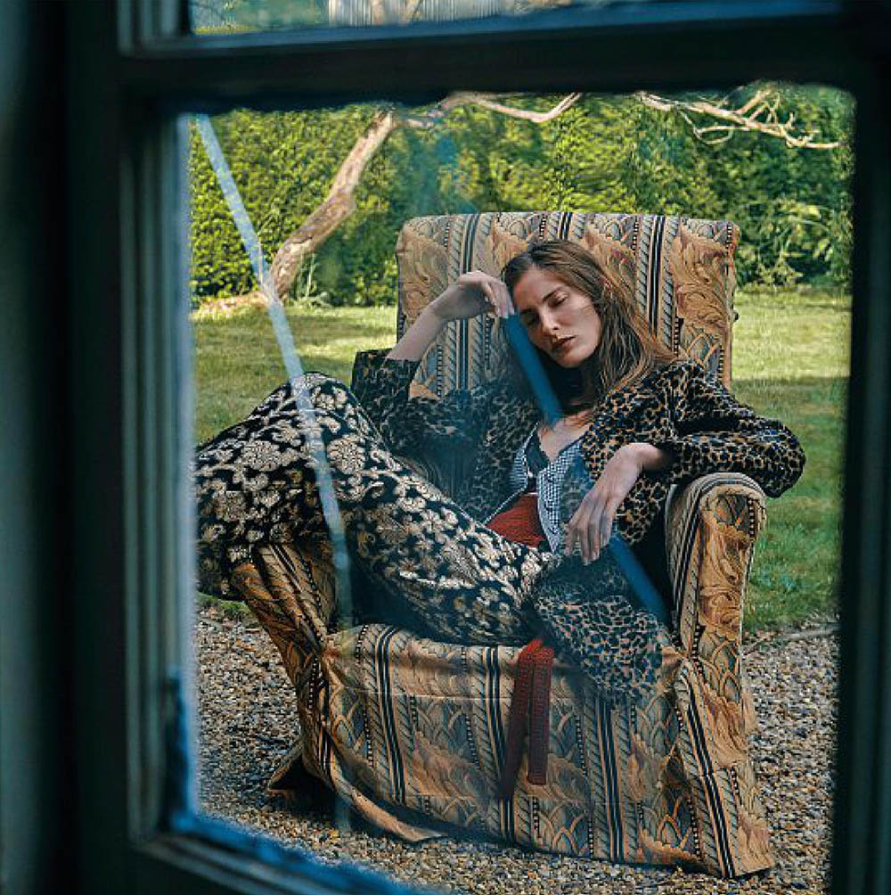 Annie-Tice-by-Paul-McLean-for-Amica-Magazine-September-2019-6.jpg