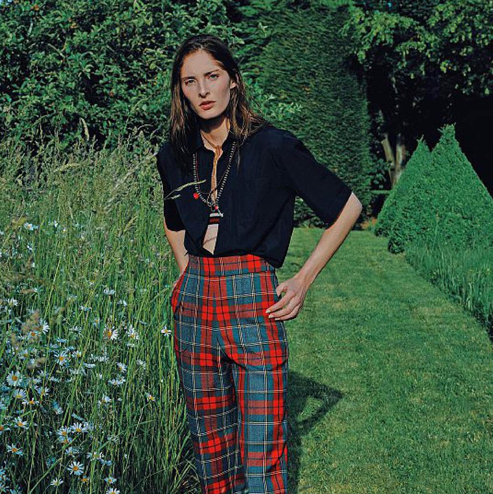 Annie-Tice-by-Paul-McLean-for-Amica-Magazine-September-2019-4.jpg