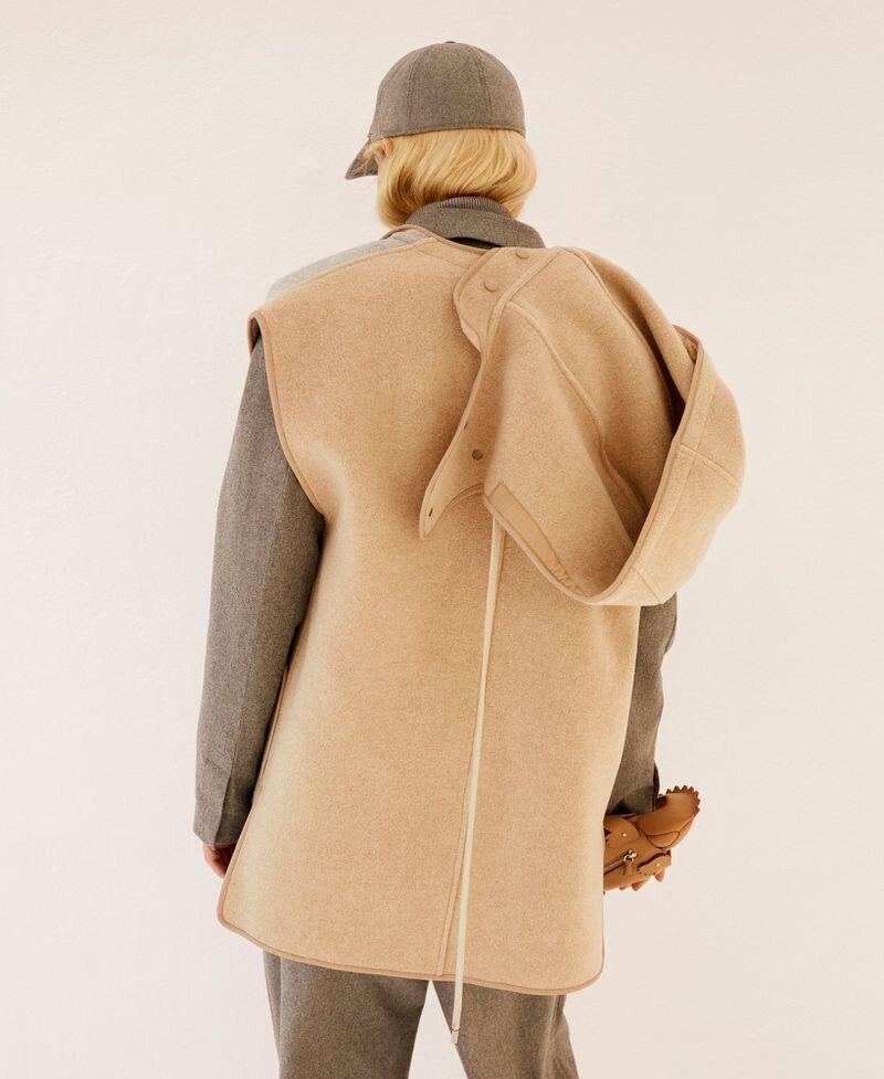 Maggie Maurer by Agata Pospieszynska for Harpers-Bazaar Spain (8).jpg