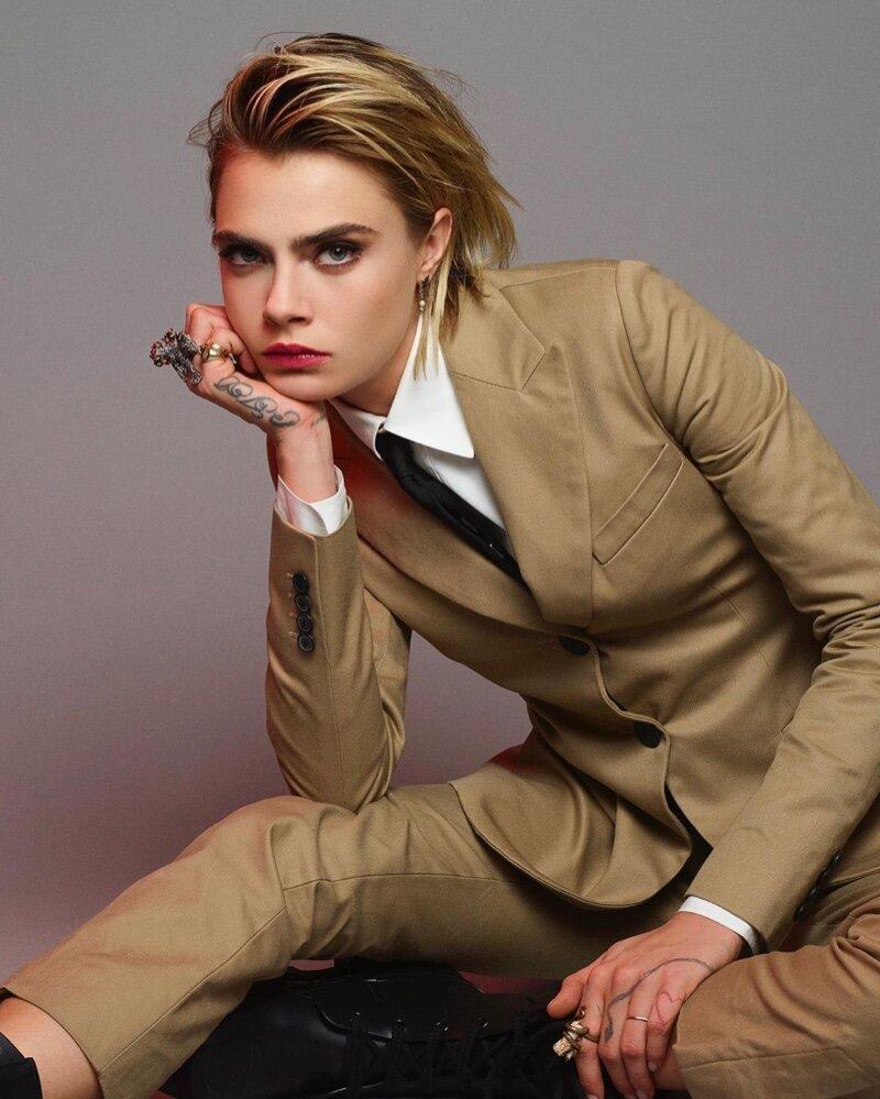 Cara-Delevingne-Jean-Baptiste-Mondino-Dior-Beauty (5).jpg