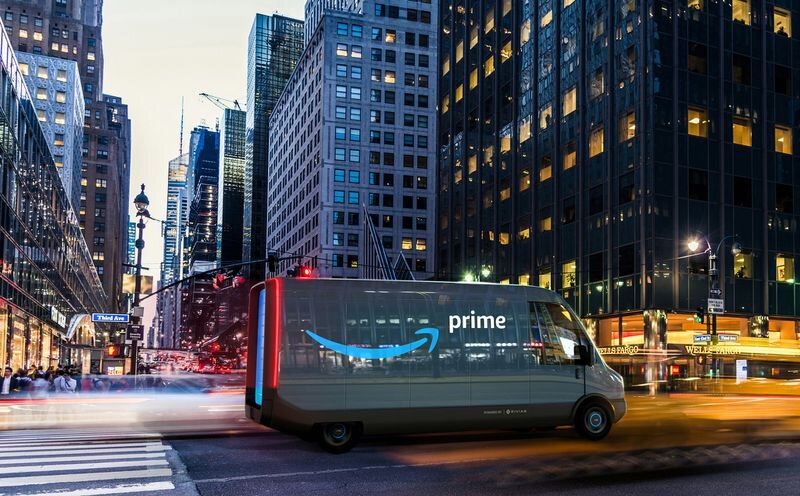 Amazon will put 100,000 electric delivery vans made in Michigan on the road by 2024.jpg