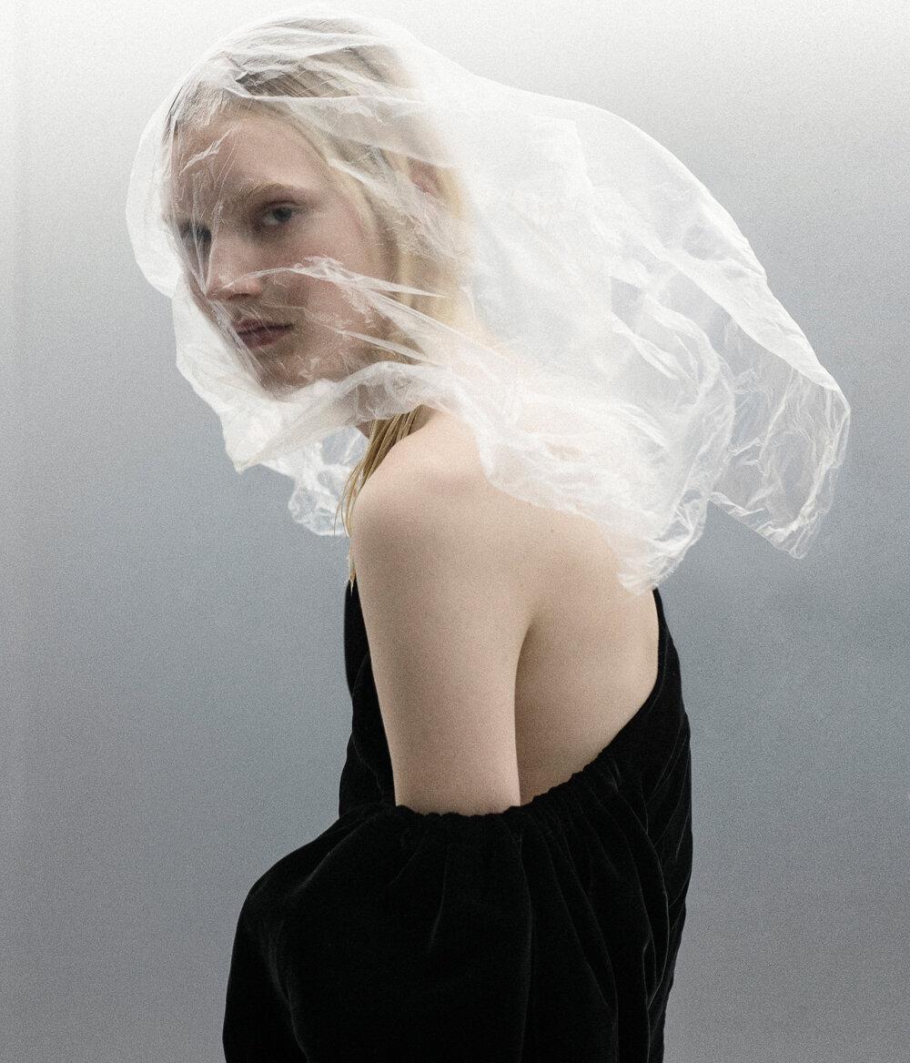 Luca-Meneghel-Nana-Skovgaard-Vogue Portugal- (1).jpg