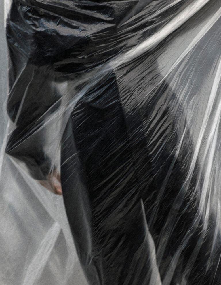 Luca-Meneghel-Nana-Skovgaard-Vogue Portugal- (7).jpg