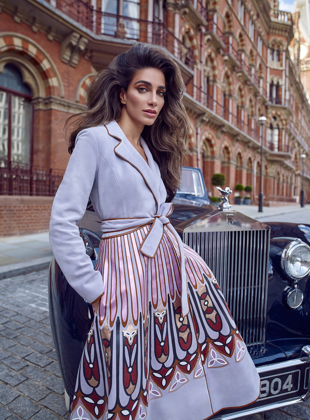 Luis-Monteiro-Harpers-Bazaar-Jessica-Kahawaty- (11).jpg