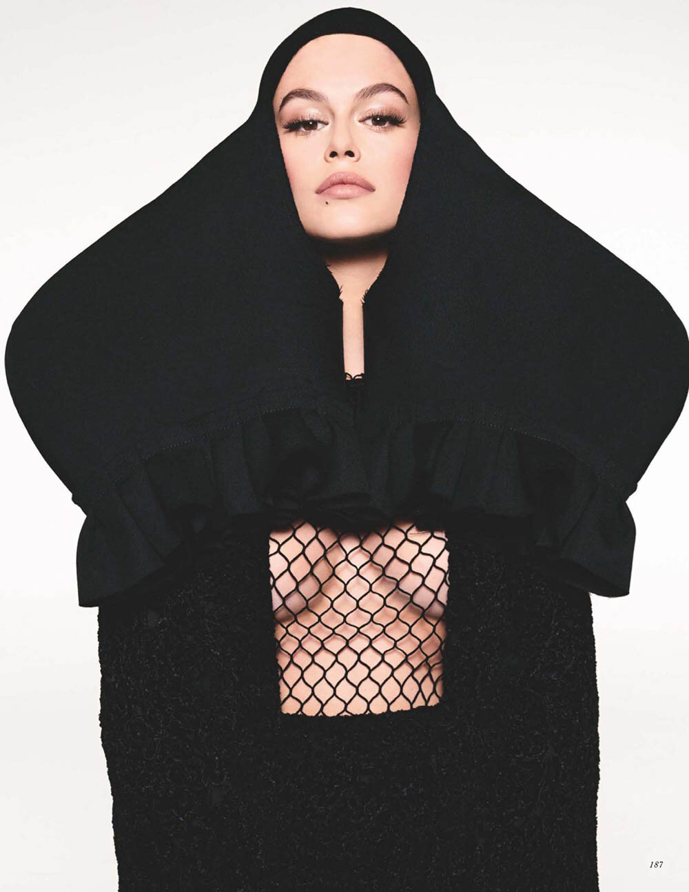 Kaia-Gerber-covers-British-Vogue-October-2019-by-Steven-Meisel-4.jpg