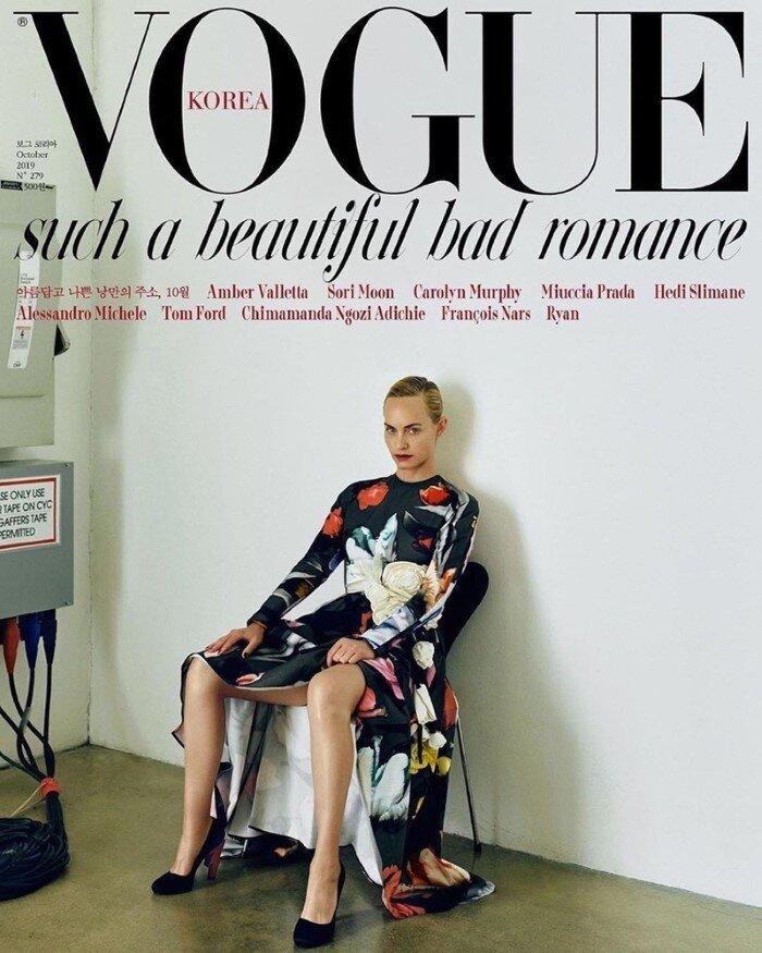 Amber-Valletta-Hyea-W-Kang-Vogue-Korea-October (3).jpg