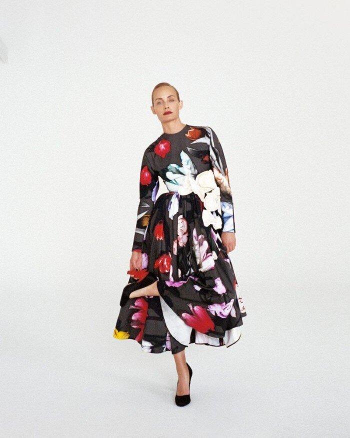 Amber-Valletta-Hyea-W-Kang-Vogue-Korea-October (10).jpg