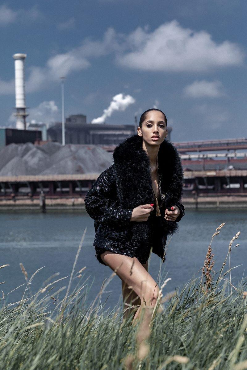 Yasmin Wijnaldum by Marco van Rijt for Numero Netherlands 1- (10).jpg