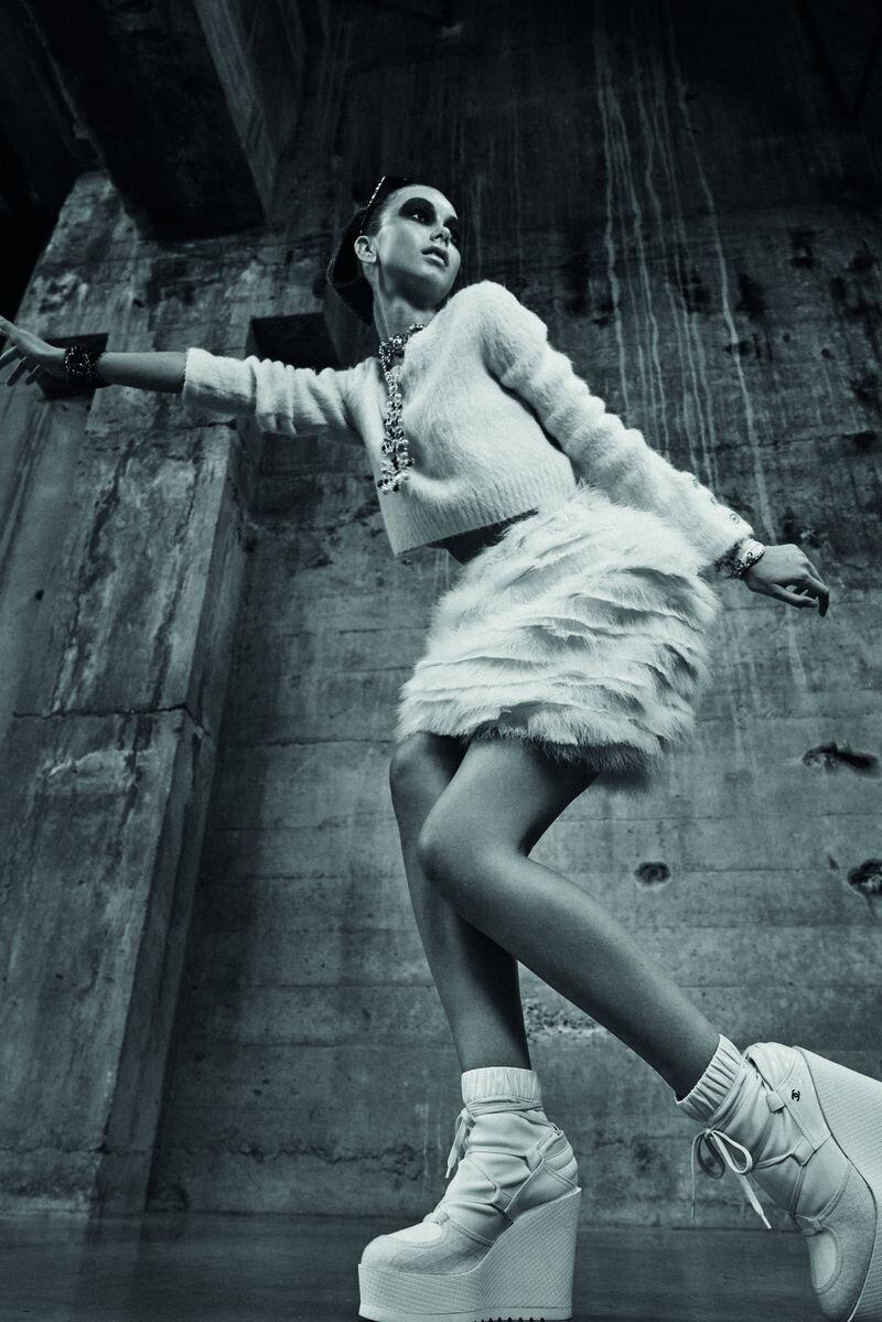 Denisa Dvorakova by Stephan Glathe for Chanel x Dry (10).jpg