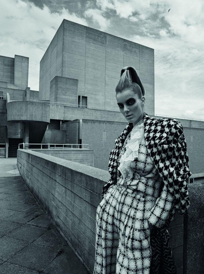 Denisa Dvorakova by Stephan Glathe for Chanel x Dry (13).jpg