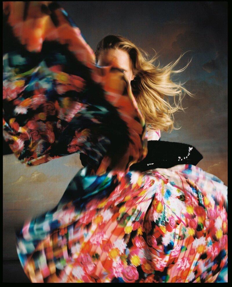 Hanne-Gaby-Odiele-Vogue-Czechoslovakia-Cover-Dan-Beleiu- (1).jpg