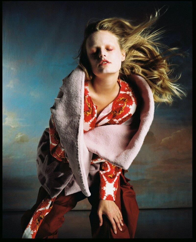 Hanne-Gaby-Odiele-Vogue-Czechoslovakia-Cover-Dan-Beleiu- (6).jpg