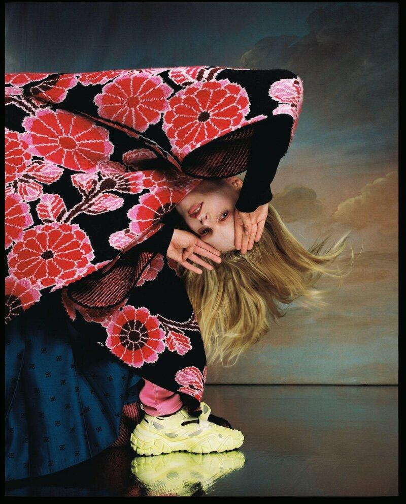 Hanne-Gaby-Odiele-Vogue-Czechoslovakia-Cover-Dan-Beleiu- (3).jpg