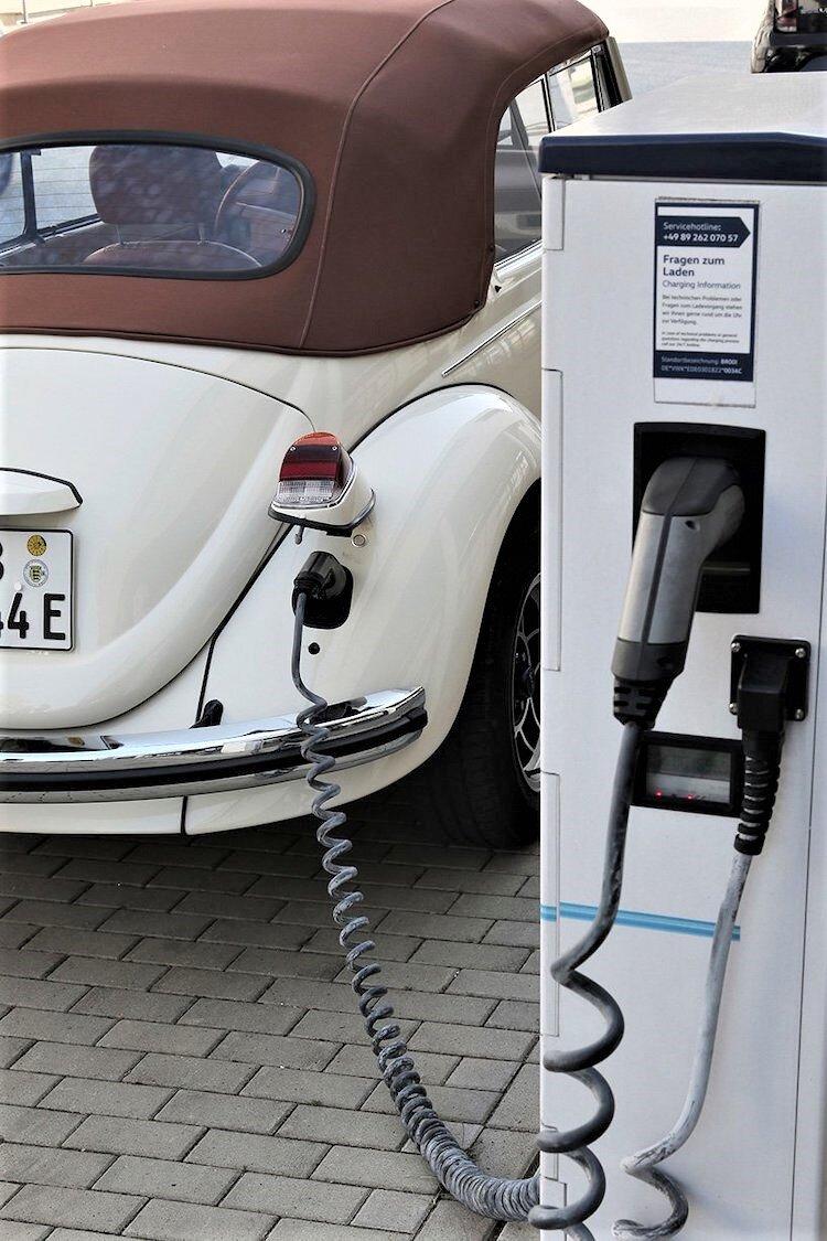 electric-volkswagen-beetle-10.jpg