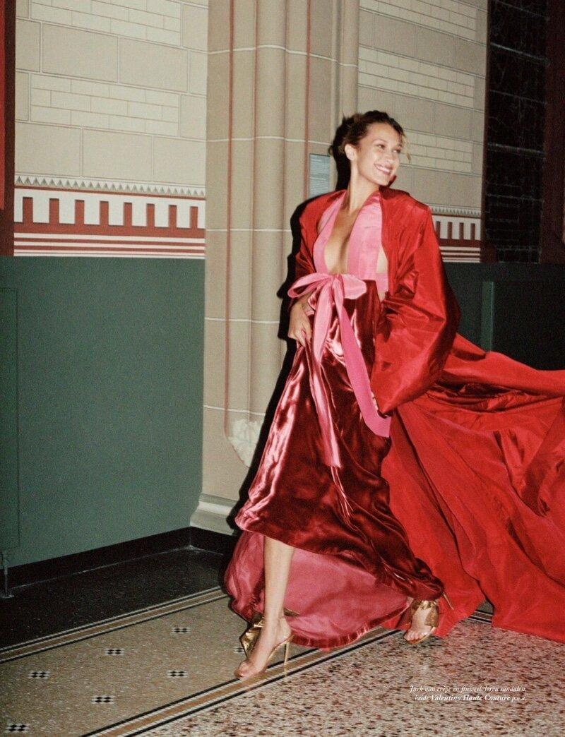 Bella-Hadid-Sean-Thomas-Vogue-Netherlands- (5).jpg