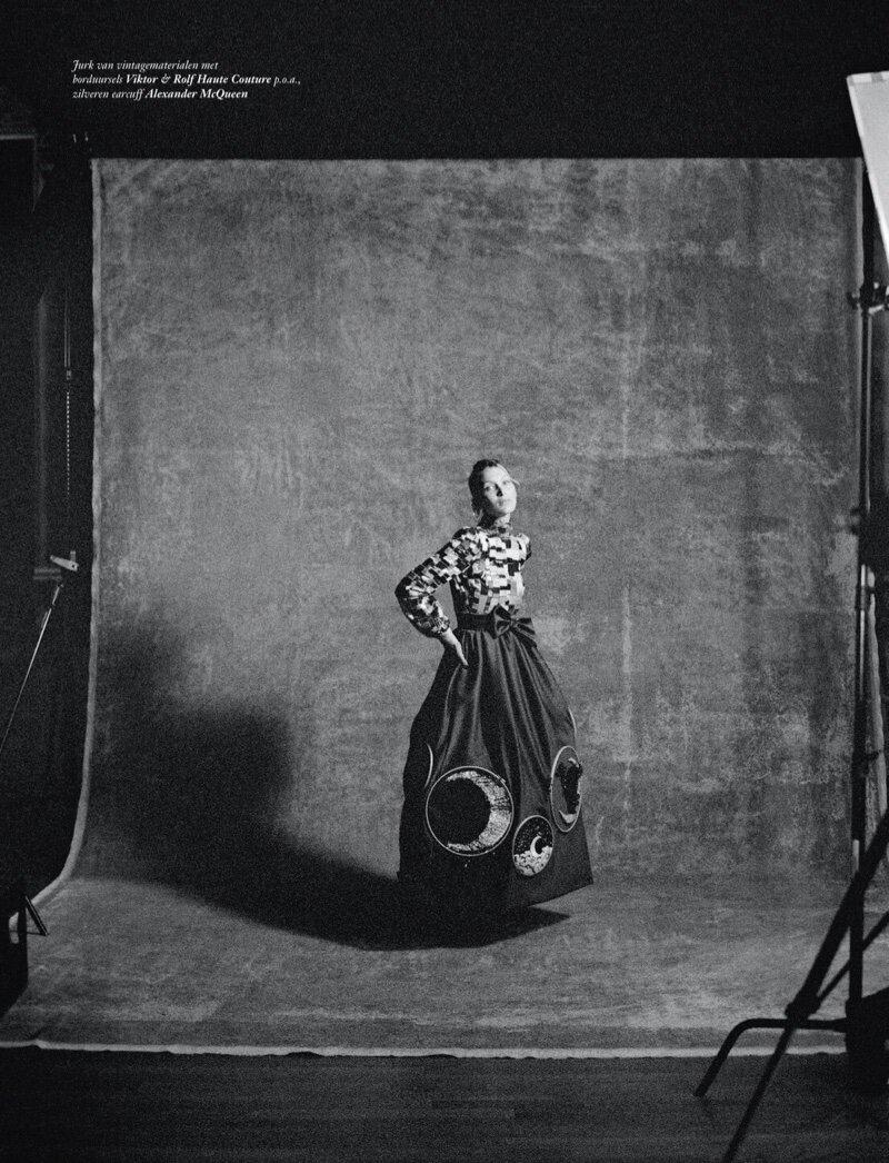Bella-Hadid-Sean-Thomas-Vogue-Netherlands- (11).jpg