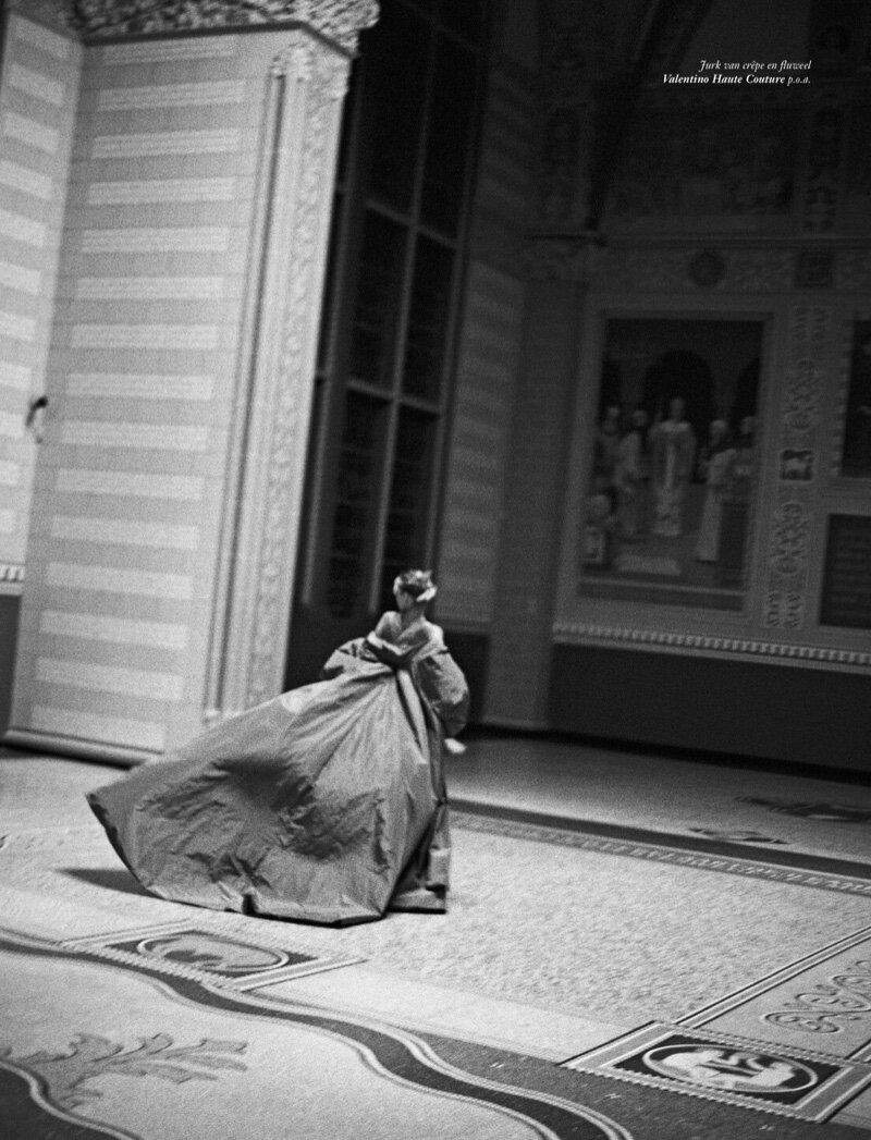 Bella-Hadid-Sean-Thomas-Vogue-Netherlands- (13).jpg