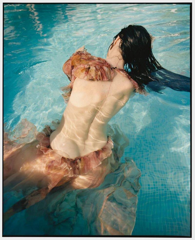 Mariacarla Boscono by Nadine Ijewere Modern Weekly China (7).jpg