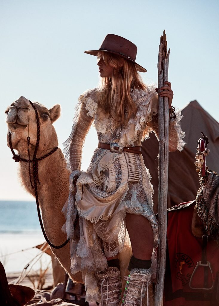 Lilly Stent in the Australian outback in Steven Chee images for Grazia  (9).jpg
