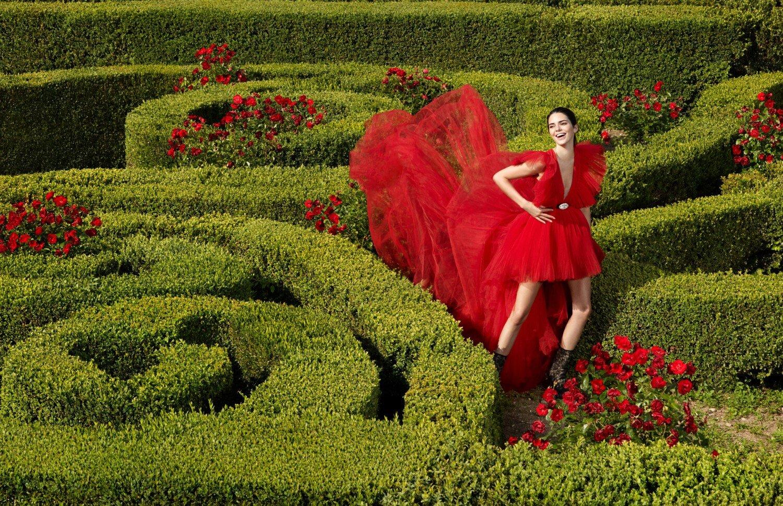 Kendall Jenner by Mert Marcus for H-M Giambattista Valli Collab (1).jpg