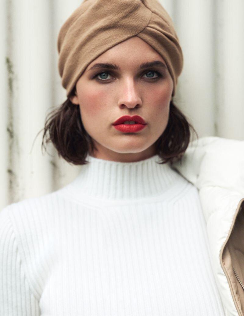 Julia Van Os by Bjorn Iooss for Vogue Spain November 2019 (5).jpg