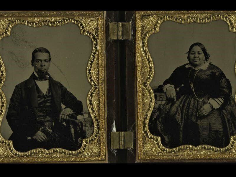 A DOUBLE AMBROTYPE PORTRAIT OF ALBRO LYONS, SR. AND MARY JOSEPH LYONS. NEW YORK PUBLIC LIBRARY.