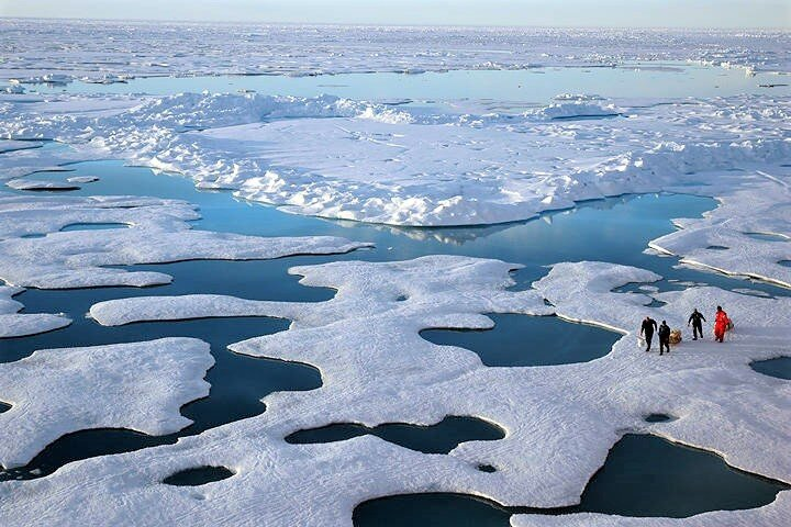 scientists-canadian-arctic_jeremy-potter-noaa.jpg