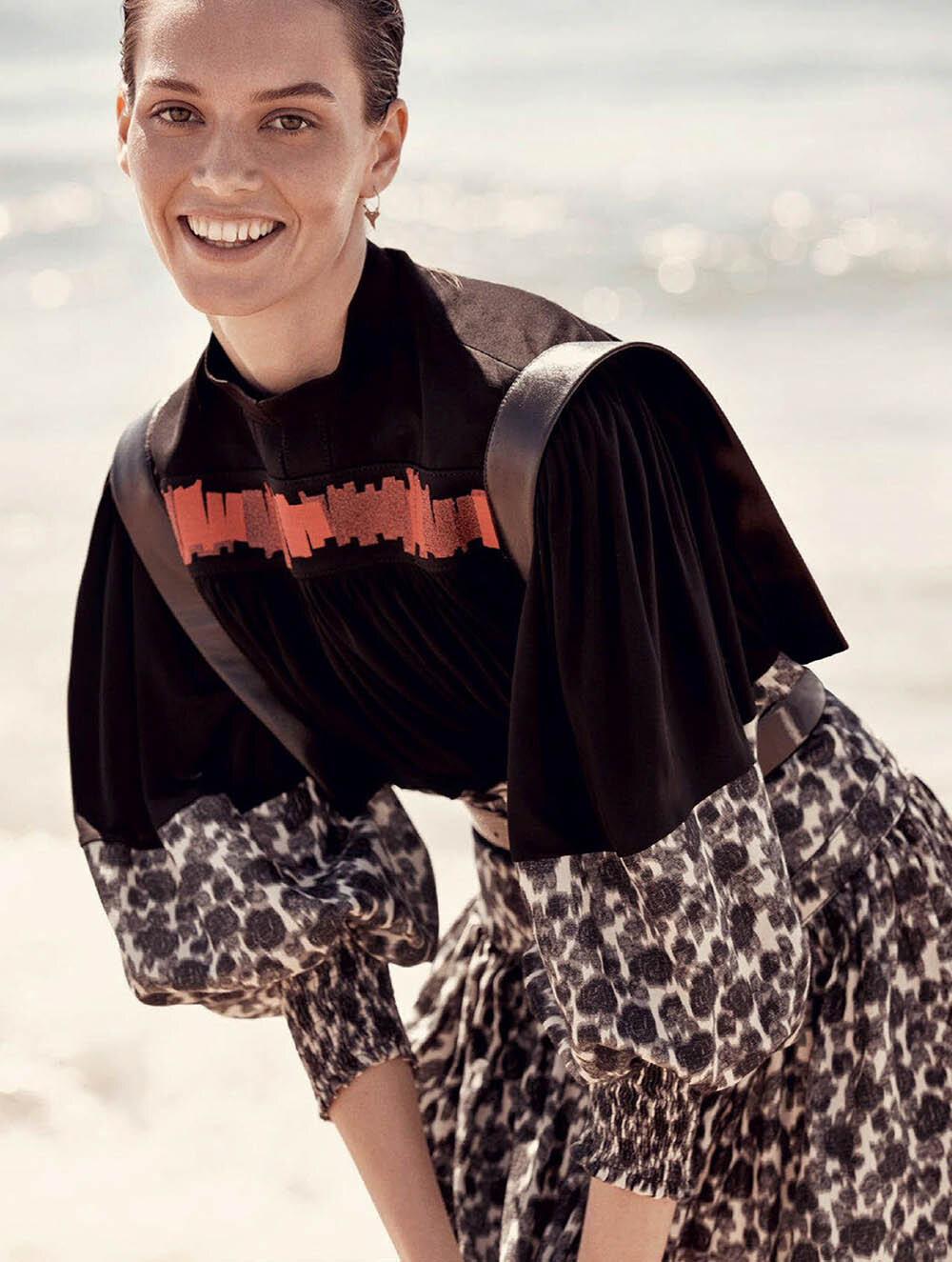 Jasmine Dwyer by Christopher Ferguson for Elle Australia November 2019 (2).jpg