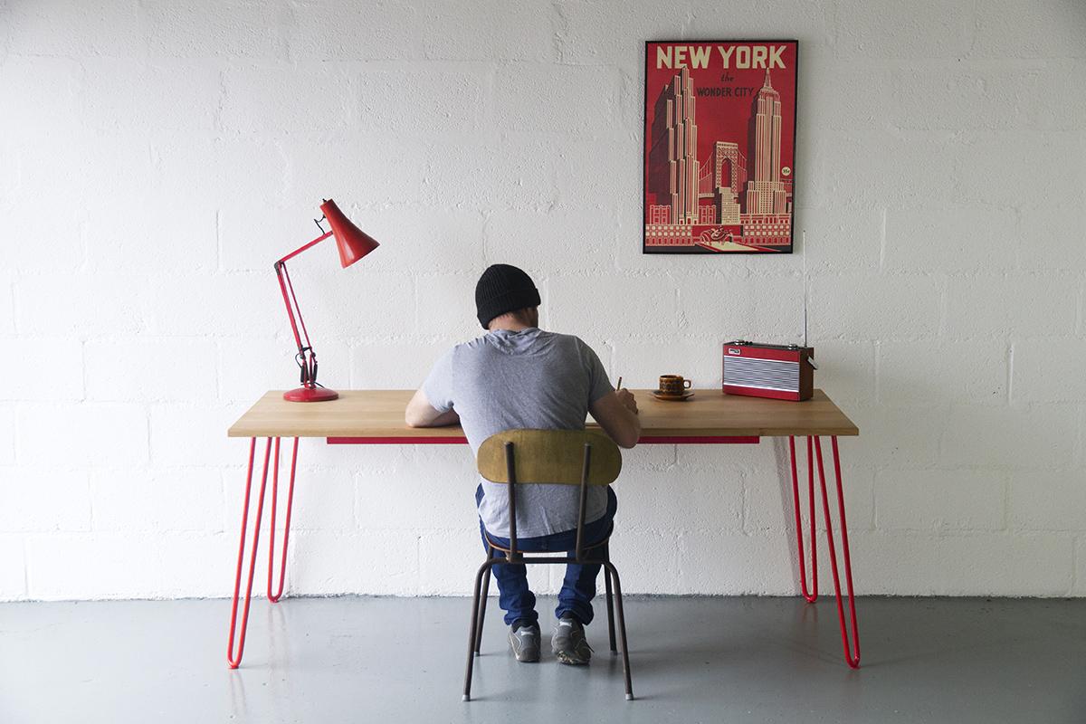Cord_Industries_hairpin_leg_desk_NEW_YORK_Red_social.jpg
